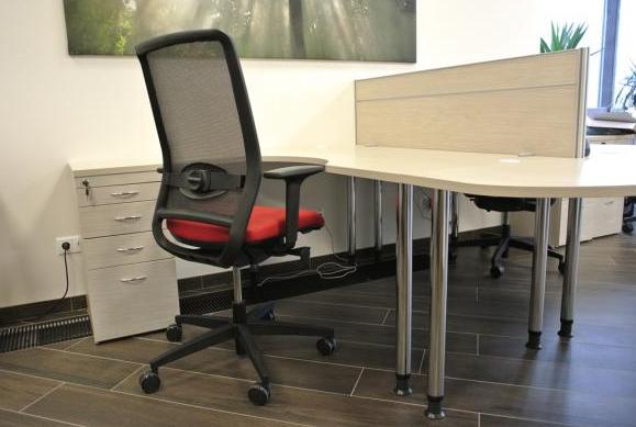 как выбрать офисные столы